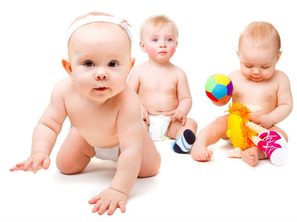 como brincar com o bebe 1 1024x768 - Como brincar com o bebê de diferentes fases