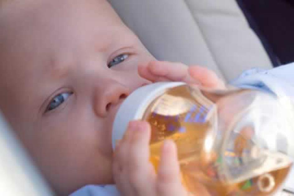 pode dar chá para o bebê - Pode dar chá para o bebê?